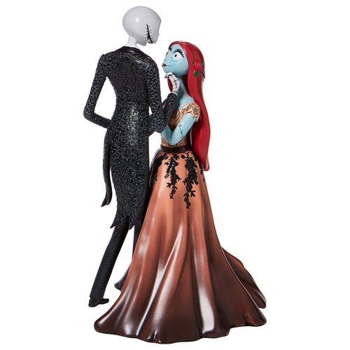 Disney Showcase Nightmare Before Christmas Jack and Sally Couture de Force Statue