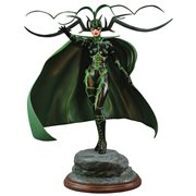 Marvel Comic Premier Collection Hela Resin Statue