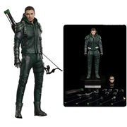 Arrow TV Series Green Arrow 1:8 Scale Deluxe Version Action Figure