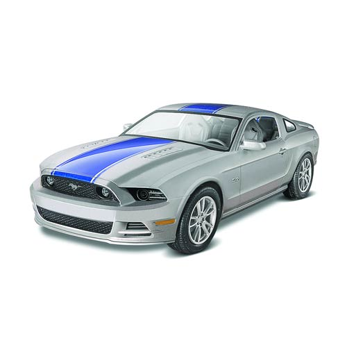2014 Ford Mustang GT 1:25 Scale Model Kit, Not Mint