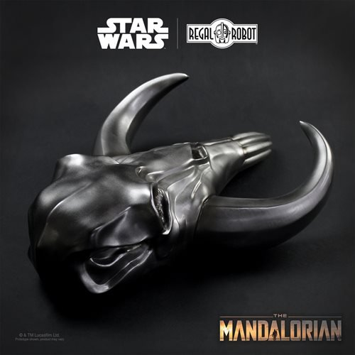 Star Wars: The Mandalorian Armorer's Muthosaur Skull 17 1/2-Inch Wall Decor