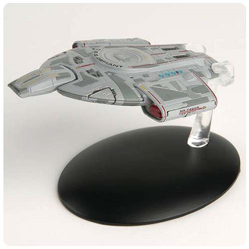 Star Trek Starships U.S.S. Defiant NX-74205 Vehicle with Collector Magazine