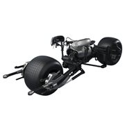 Batman: The Dark Knight Bat-Pod SH Figuarts Vehicle