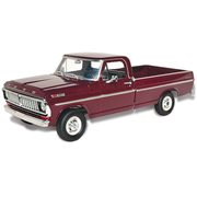 1970 Ford F-100 Custom Cab 4x4 1:25 Scale Model Kit