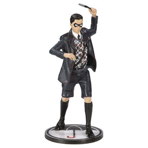 Umbrella Academy #2: Diego Figure Replica