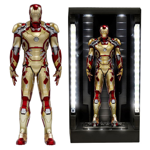 Iron Man 3 Mark 42 Action Hero Vignette with Lighted Hall ...