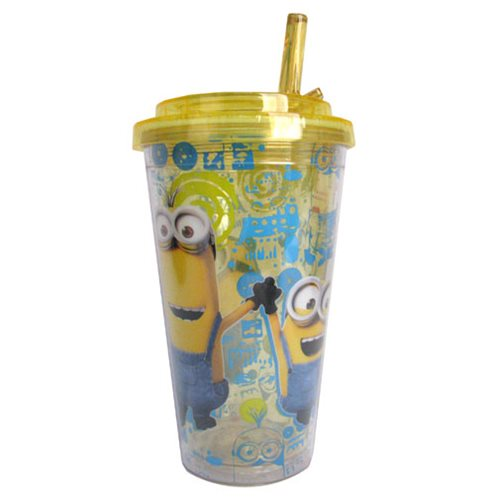 Despicable Me Holding Hands 16 oz. Flip-Straw Travel Cup