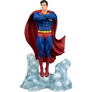 DC Gallery Superman Ascendant Statue