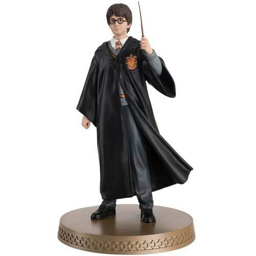Harry Potter Wizarding World Collection Harry Potter and Wand/Broomstick Mega Figure with Collector