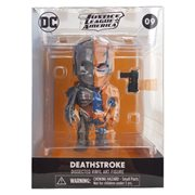 Deathstroke XXRAY 4-Inch Vinyl Figure