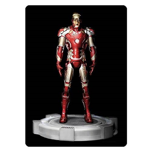 Avengers: Age of Ultron Iron Man Mark 43 Open Mask Action Hero Vignette 1:9 Scale Pre-Assembled Light-Up Model Kit