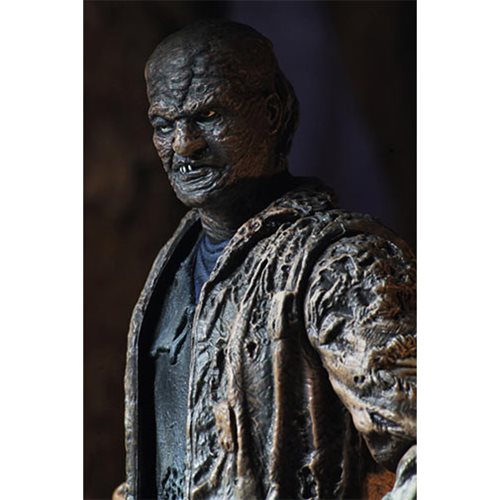 Freddy vs. Jason Ultimate Jason Voorhees 7-Inch Scale Action Figure