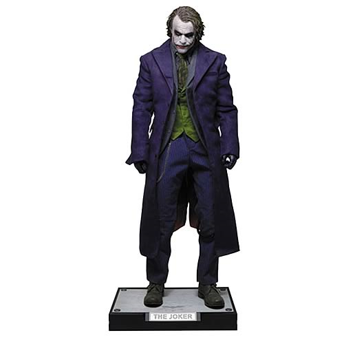 Dark Knight Joker HD Masterpiece 1:4 Scale Figure