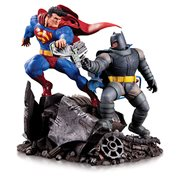 The Dark Knight Returns Batman vs. Superman Mini Battle Statue