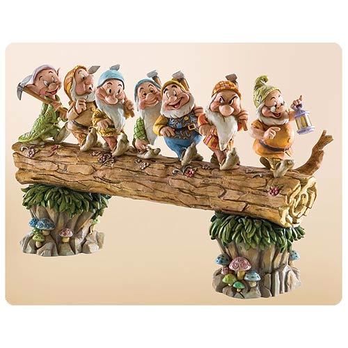Disney Traditions Snow White and the Seven Dwarfs Log Statue