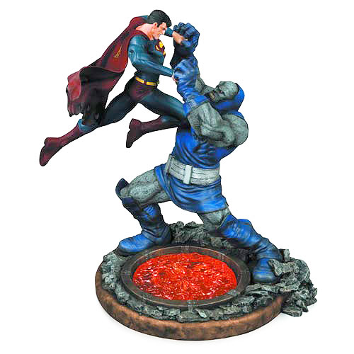 Superman vs. Darkseid 2nd Edition 12 1/2-Inch Statue
