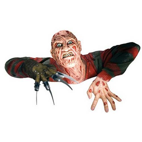 Nightmare on Elm Street Freddy Krueger Grave Walker Statue