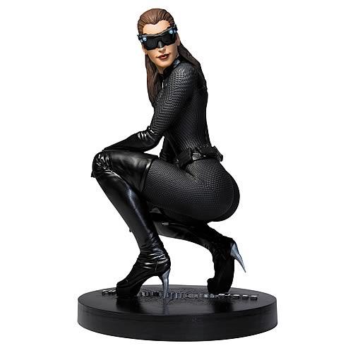 CATWOMAN BATMAN Dark Knight Rises 1:6 scale statue Anne Hathaway