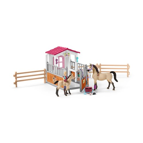 Horse Club Horse Stall with Arab Horses and Groomer Playset