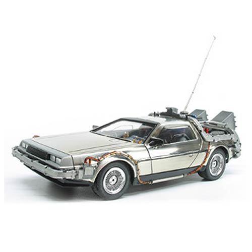 Back to the Future DeLorean Time Machine 1:25 Scale Snap-Fit Model Kit