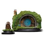 The Hobbit 2a Hill Lane Hobbit-Hole Statue