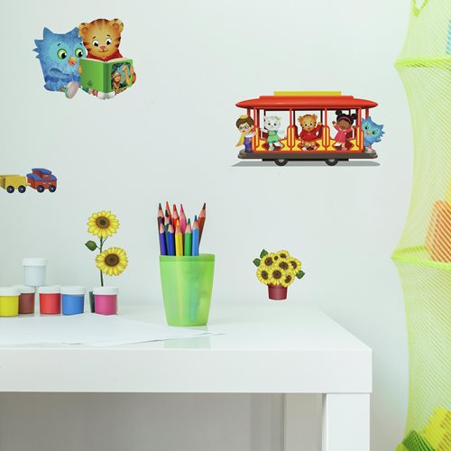 Daniel Tiger Peel and Stick Wall Decals