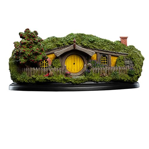 The Hobbit 13 Apple Orchard Hobbit Hole Statue