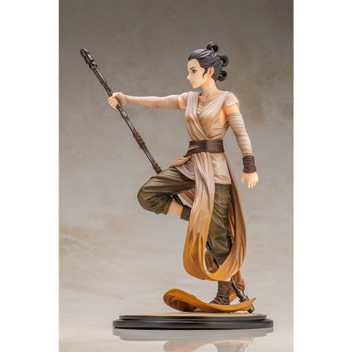 Star Wars: The Force Awakens Rey Artist Series Descendant of Light ARTFX Statue