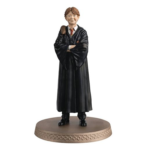 Harry Potter Wizarding World Collection Ron Figure with Collector Magazine #10
