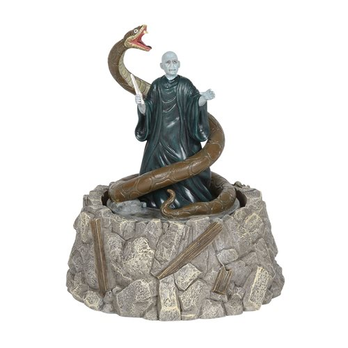 Harry Potter Village Lord Voldemort and Nagini Statue