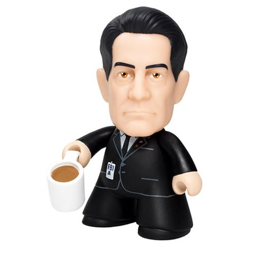 Twin Peaks Agent Cooper 4 1/2-Inch Vinyl Figure - Convention Exclusive