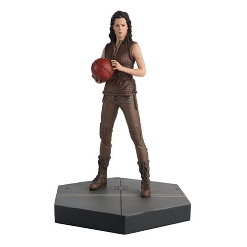 Alien Predator Ripley 8 from Alien Resurrection Statue with Collector Magazine #39