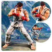 Street Fighter V Ryu SH Figuarts Action Figure