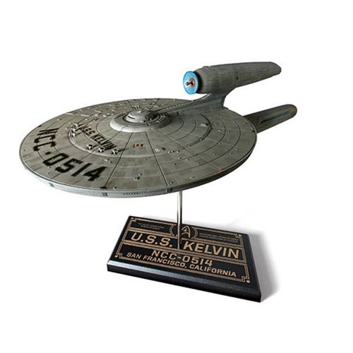 Star Trek Movie U.S.S. Kelvin 1:000 Scale Model Kit
