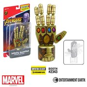 Avengers: Infinity War Infinity Gauntlet Wooden Push Puppet - Convention Exclusive