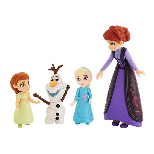 Frozen 2 Small Doll Story Moments Mom and Girls Dolls