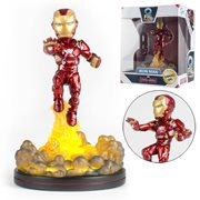Captain America Civil War Iron Man Light-Up Q-Fig FX Diorama