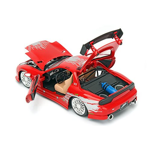 Fast and the Furious 8 1993 Mazda RX-7 1:24 Scale Die-Cast Metal Vehicle