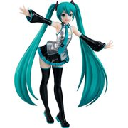 Hatsune Miku Pop Up Parade Statue