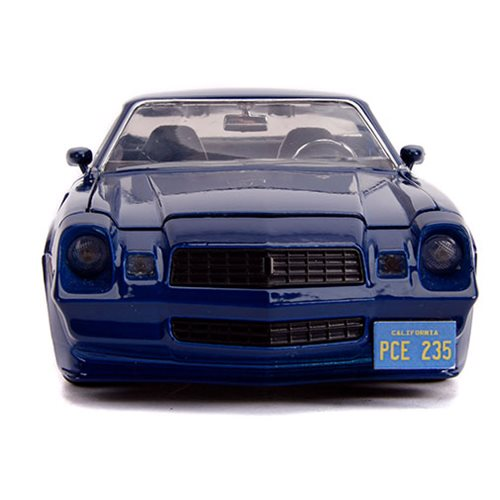 Hollywood Rides Stranger Things 1979 Chevy Camaro Z28 1:24 Scale Die-Cast Metal Vehicle with Coin
