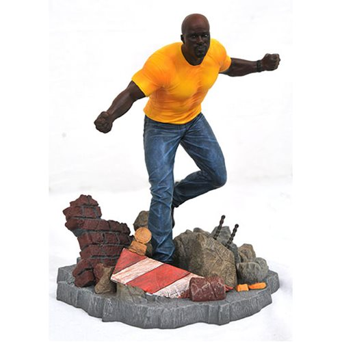 Картинки по запросу Marvel PVC Gallery Statues - The Defenders - Luke Cage