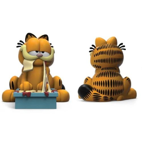 Garfield Lasagna Time 8-Inch Vinyl Figure