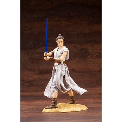 Star Wars: Rise of Skywalker Rey ARTFX Statue