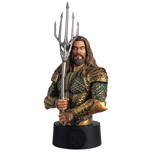 Justice League Aquaman Bust with Collector Magazine #33