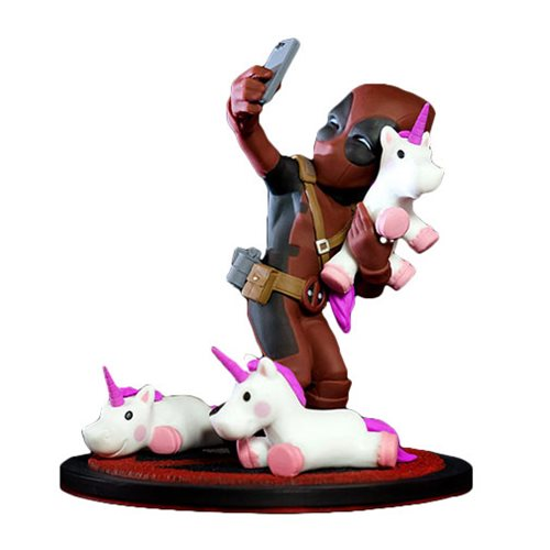 Deadpool Unicorn Selfie Diorama Q-Fig