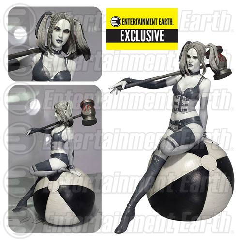 Fantasy Figure Gallery DC Comics Collection Black and White Harley Quinn Resin Statue - Entertainment Earth Exclusive
