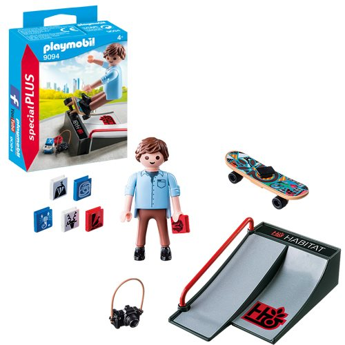 Playmobil 9094 Special Plus Skateboarder with Ramp