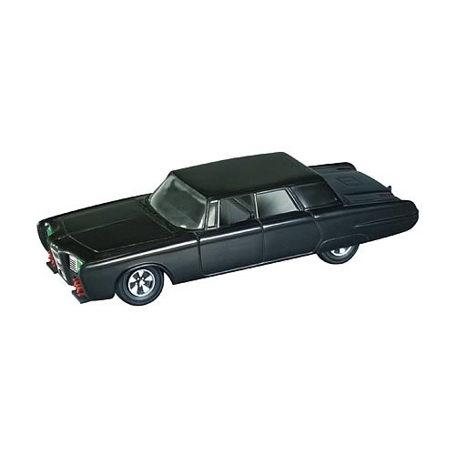 Green Hornet Black Beauty Model Kit in Special Edition Tin