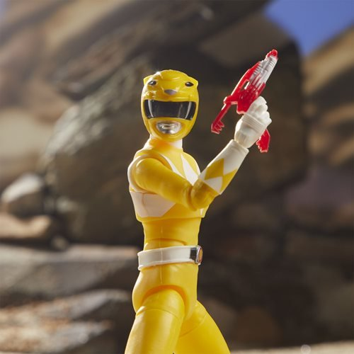 Power Rangers Lightning Collection Mighty Mophin Yellow Ranger 6-Inch Action Figure