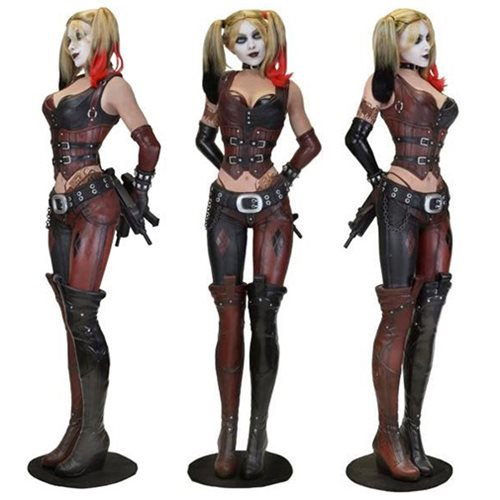 e7e25b492c1f Batman  Arkham City Harley Quinn Life-Size Statue Foam Prop Replica